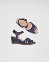 A.P.C. sandale compensée tressée