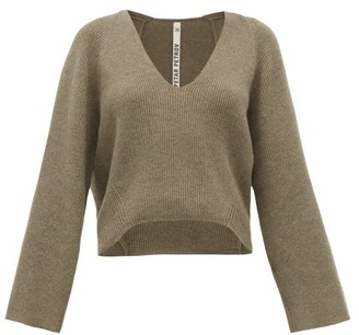 Petar Petrov Keeene V-neck Cropped Cashmere Sweater - Womens - Light Grey