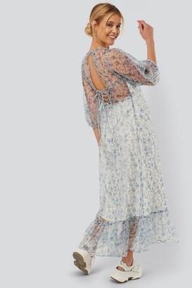 NA-KD Flower Printed Organza Open Back Dress