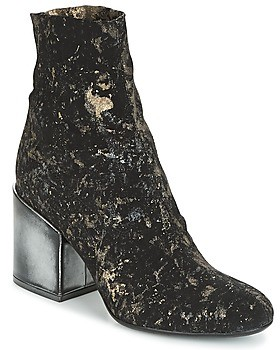 NOW LUNA women's Low Ankle Boots in Black
