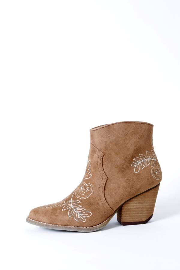 Coconuts by Matisse Axis Embroidered Boot