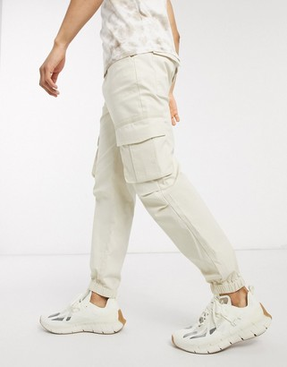 ASOS DESIGN cargo trousers in skater fit in beige