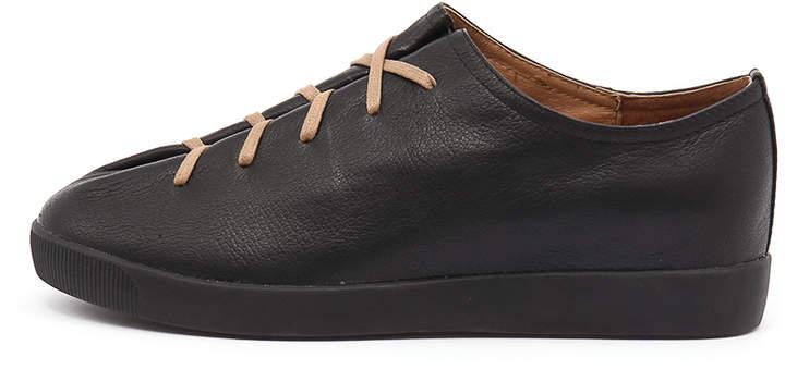 Django & Juliette Gangly Black Sneakers Womens Shoes Casual Casual Sneakers