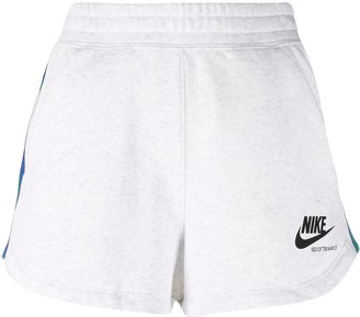 Nike NSW Heritage fleece shorts