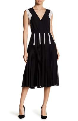 BCBGMAXAZRIA Colorblock Chiffon Pleated Dress