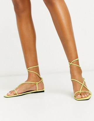 Who What Wear Zander strappy square toe sandals in lime