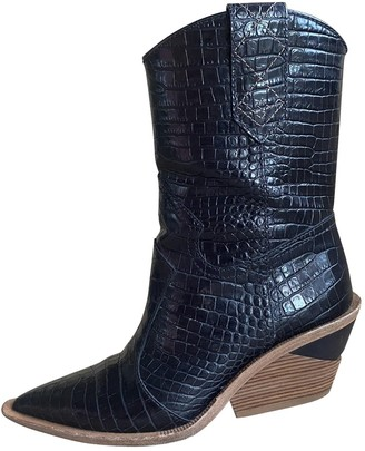 Fendi Cowboy Black Leather Boots