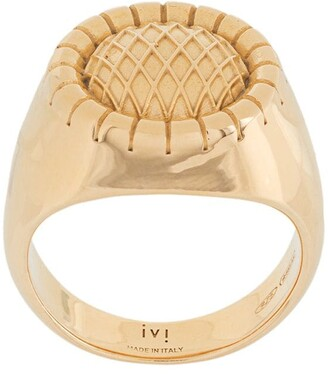 IVI Embossed Signet Ring