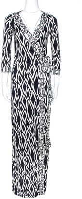 Diane von Furstenberg Monochrome Printed Silk Banded Julian Long Wrap Dress S