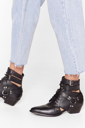 Nasty Gal Womens Count Us Cut-Out Leather Lace-Up Boots - Black - 3