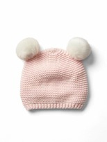 Gap Knit pom-pom hat