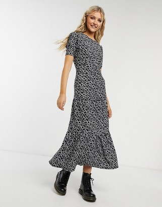Topshop tiered dress in daisy print