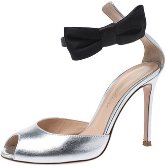 Gianvito Rossi Metallic Silver/Black Leather Bunny Bow Ankle Strap Sandals Size 35