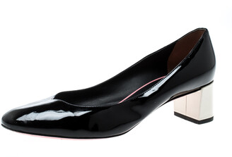 Fendi Black Patent Leather Eloise Round Toe Pumps Size 36