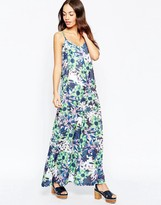 Yumi Maxi Dress in Tropical Floral Print