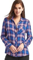 Gap Soft flannel plaid shirt