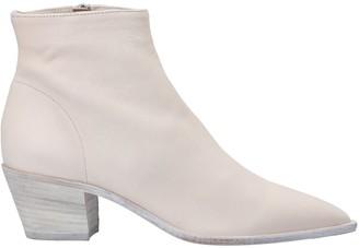 Julie Dee JD Ankle boots