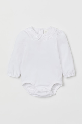 H&M Lace-collar bodysuit