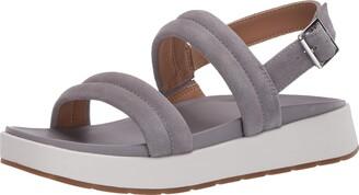 UGG Women's Lynnden Sandal