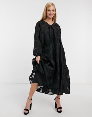 ASOS DESIGN jacquard midi smock dress with pephem in black