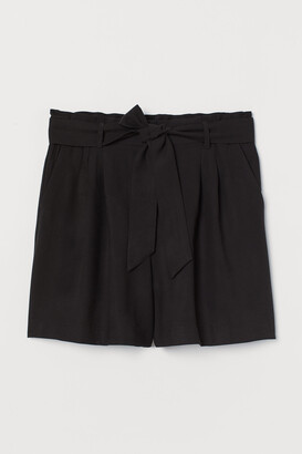 H&M H&M+ Shorts with Tie Belt