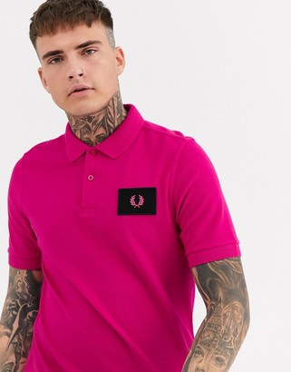 Fred Perry patch logo polo in pink