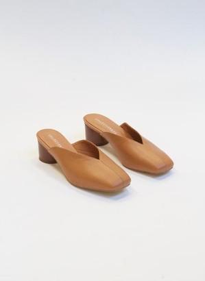 Collection & Co - Kika Closed Mules Tan - 36 / Tan