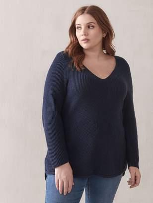 Rounded-Hem V-Neck Sweater - Addition Elle