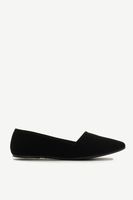 Ardene Faux Suede Pointy Flats