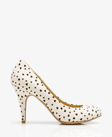 Forever 21 Satin Heart Pumps