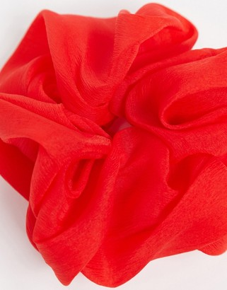 Kitsch Dinner Scrunchie in Red-No color