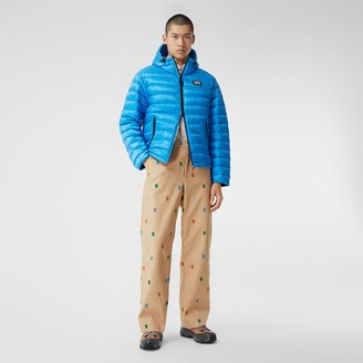 Burberry ogo Appique Hooded Puffer Jacket