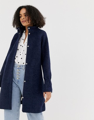 Minimum wool swing coat