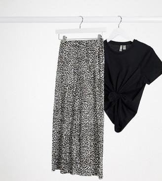ASOS DESIGN Petite plisse culotte in mono animal print
