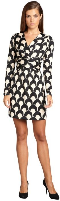 Julie Brown JB by black and ivory scallop print 'Allison' stretch jersey dress