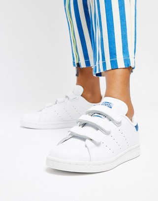 adidas Stan Smith Velcro Trainers In White And Blue