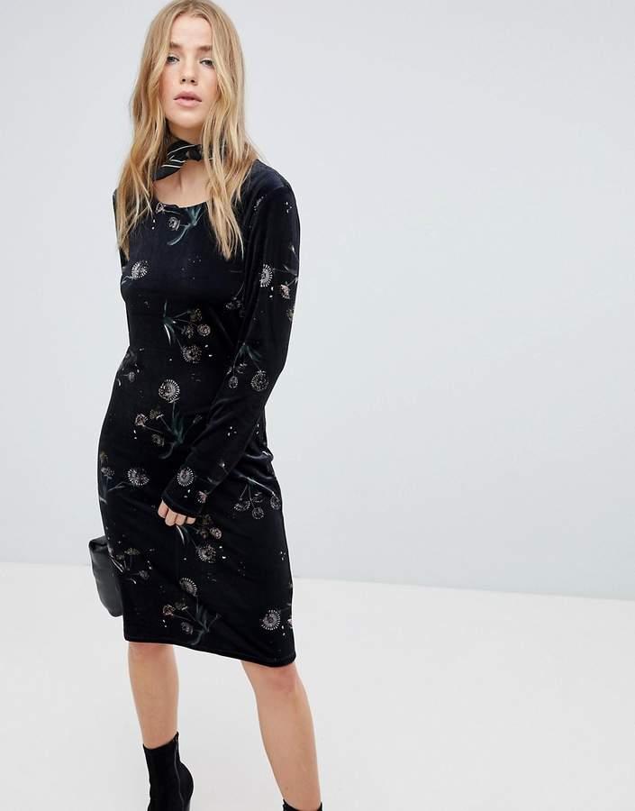 Vila velvet floral midi dress in black
