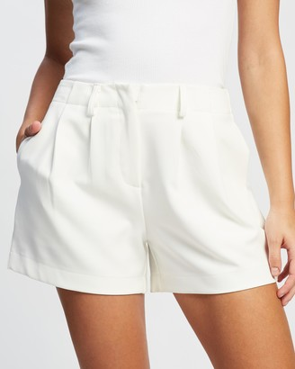 Atmos & Here Atmos&Here - Women's White Shorts - Ann Mid Rise Shorts - Size 6 at The Iconic