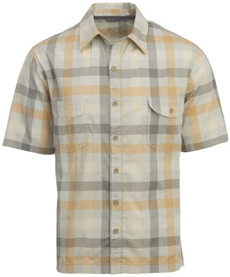 Woolrich Men's Performance Short Sleeve Modern Fit Shirt