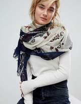 Leon And Harper Star Print Scarf
