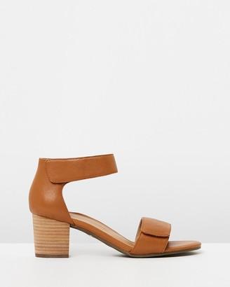 Vionic Solana Heeled Sandals