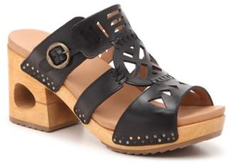 Dansko Oralee Platform Sandal