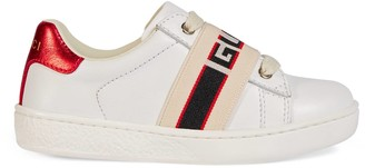Gucci Toddler Ace leather sneaker with stripe