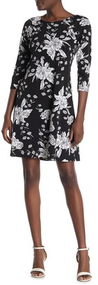 MSK Floral Printed Quarter Sleeve Dress