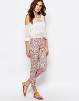 French Connection Skinny Pants in Bacongo Daisy Print