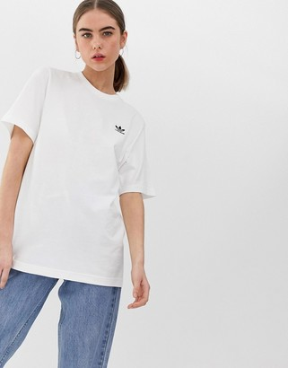 adidas Essential mini logo t-shirt in white