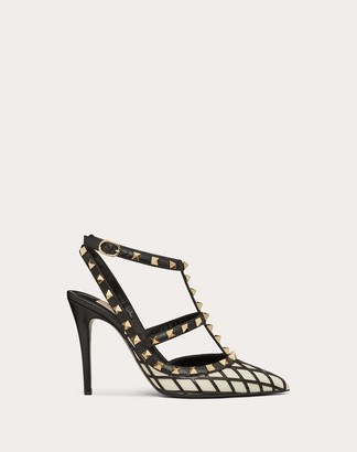 Valentino Rockstud Ankle Strap Calfskin Leather Pump With Tonal Studs 100 Mm Women Light Ivory/black 100% Pelle Di Vitello - Bos Taurus 36