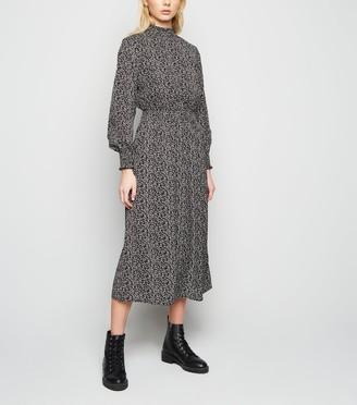 New Look Rust Leaf Print Long Sleeve Midi Dress