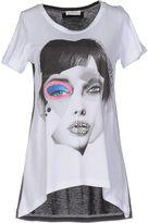 List T-shirts