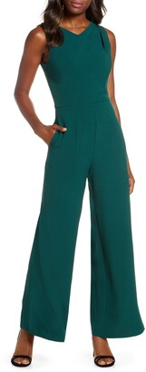 Donna Ricco Sleeveless Crepe Jumpsuit